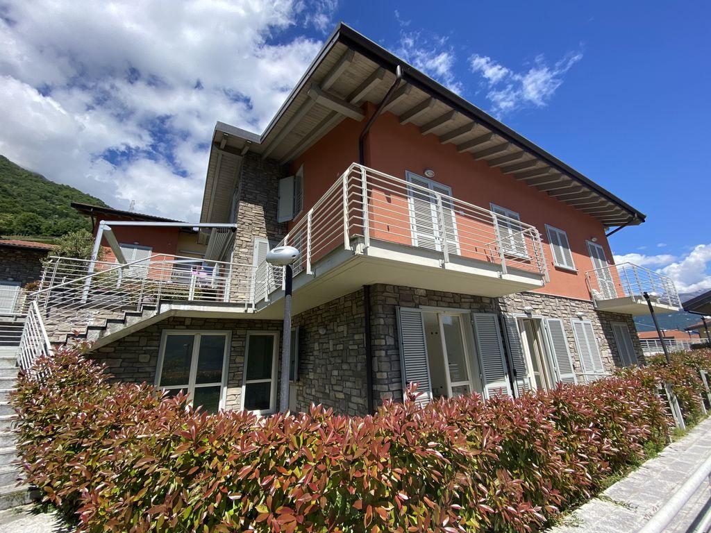 Appartamento Lago Como Pianello del Lario Residence con Piscina