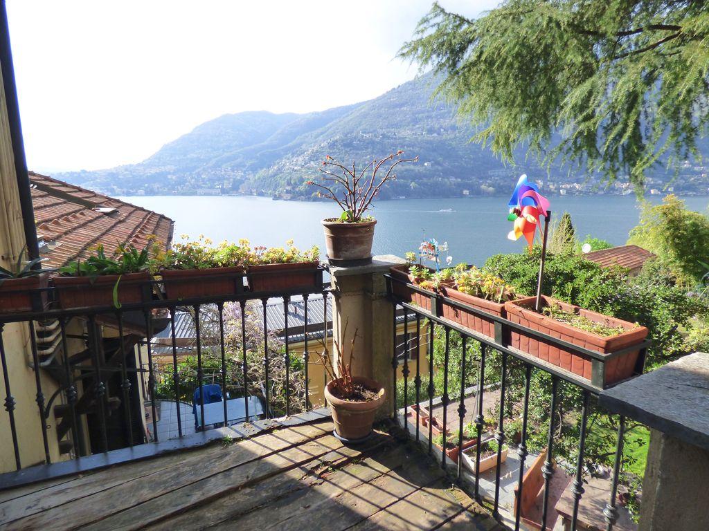 Appartamento Blevio vista Lago Como con terrazzo