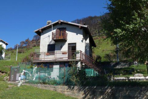 Casa Indipendente Sorico con vista lago