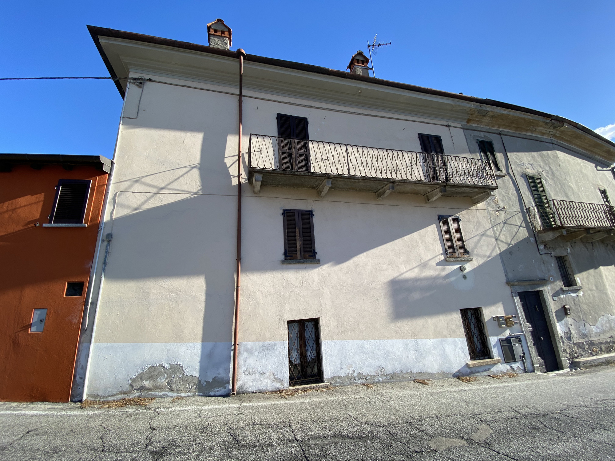 Appartamento Ristrutturato Gravedona ed Uniti Lago Como