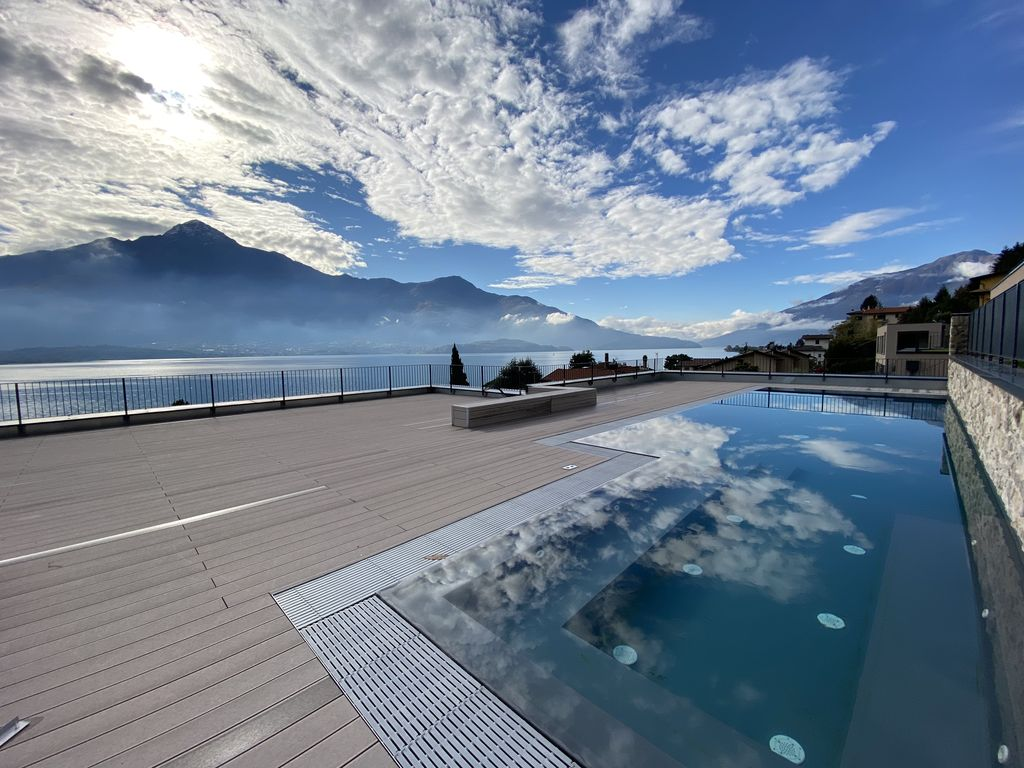 Appartamenti Moderni Gera Lario Lago Como con Piscina