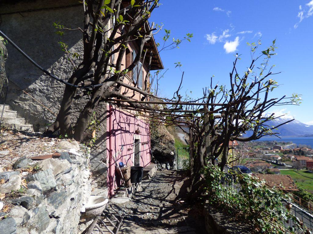 Casa Indipendente Dongo Vista Lago Como