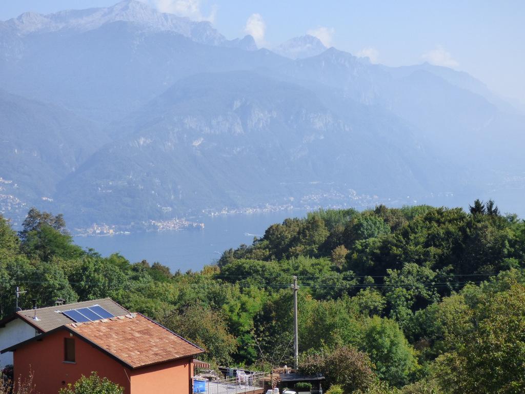Appartamenti Plesio vista lago con terrazzo