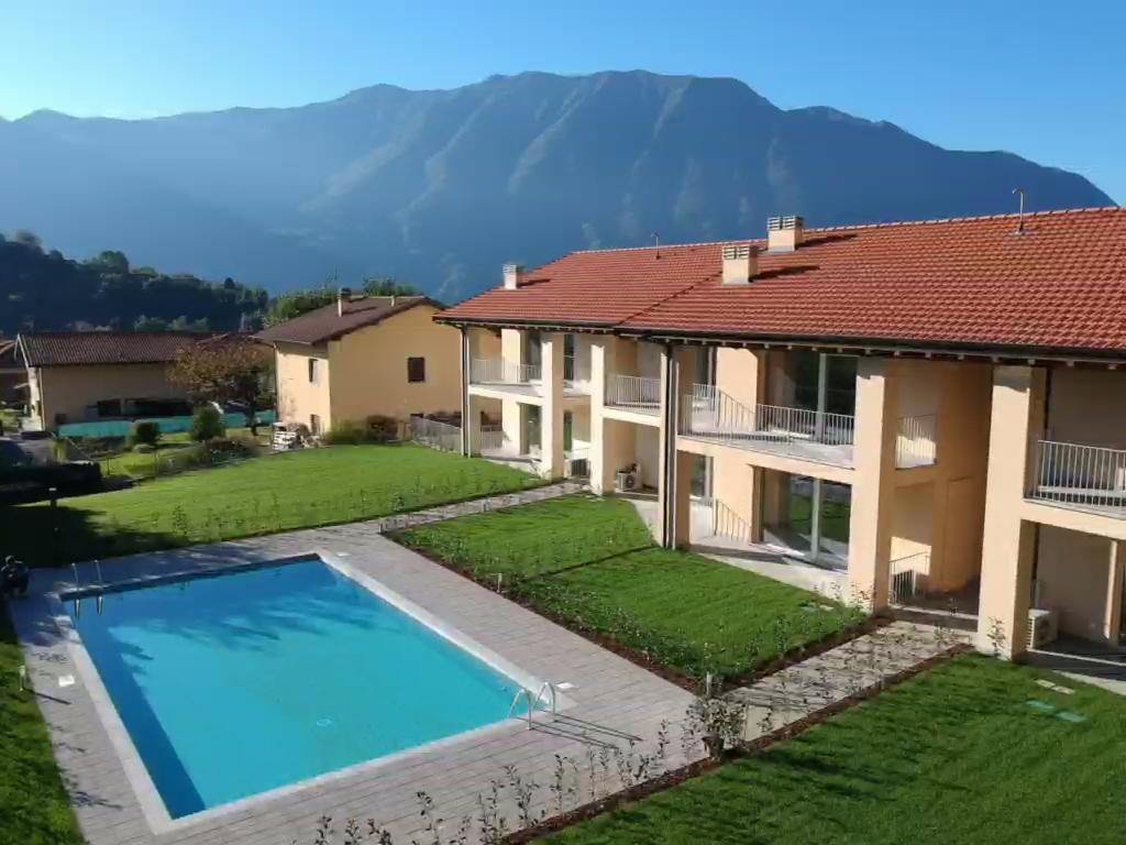 Appartamenti Tremezzina In Residence con Piscina
