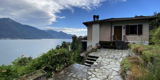 Casa Cremia con giardino e vista lago