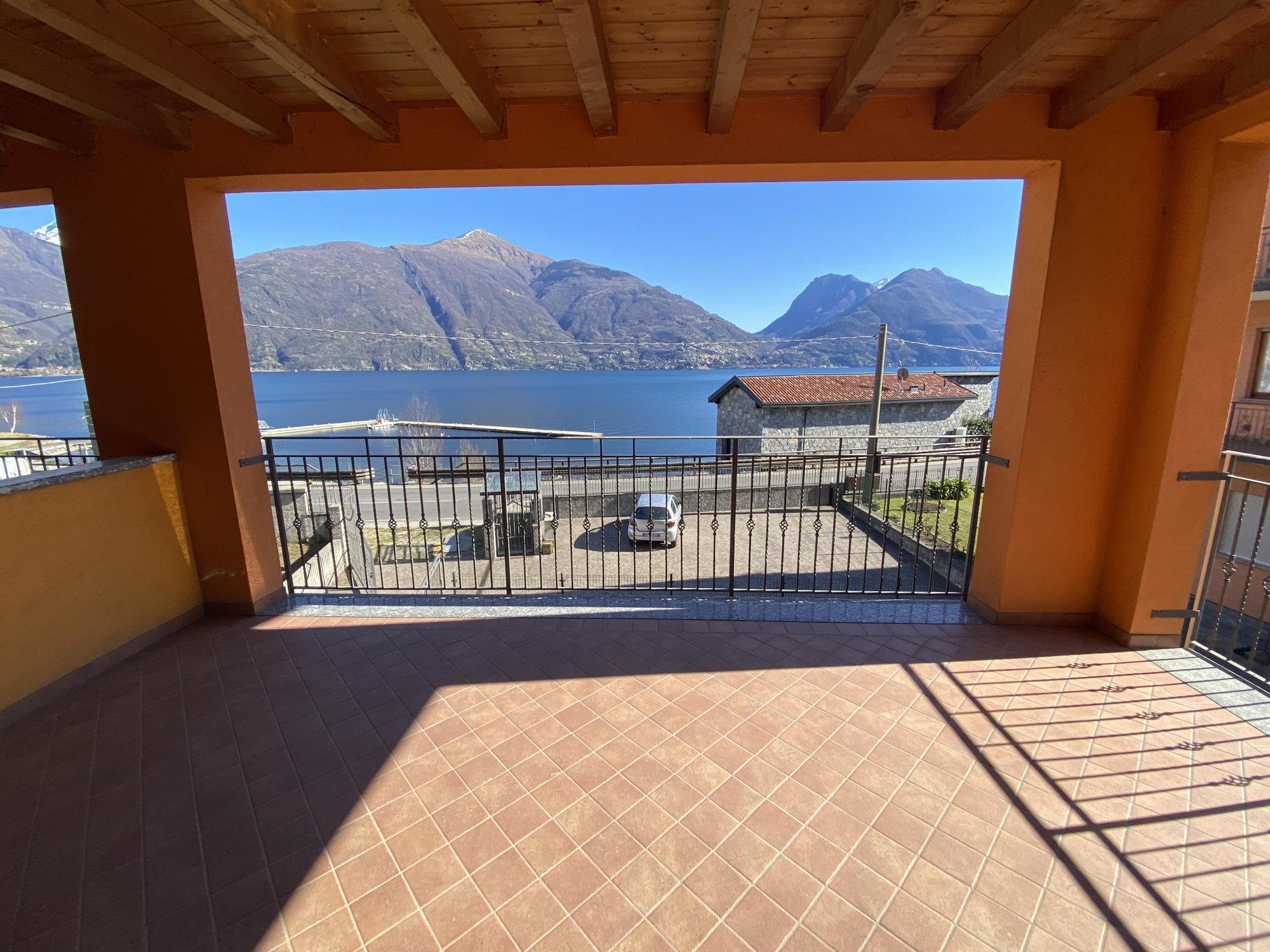 Appartamenti San Siro Fronte Lago Como