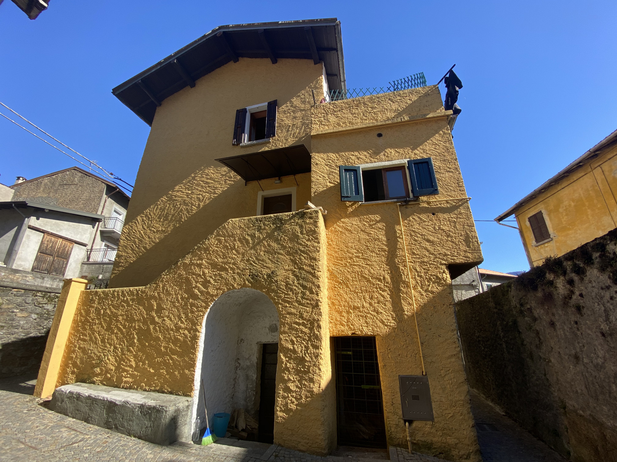 Casa con Terrazzo Cremia Lago Como