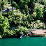 Villa Fronte Lago Como Torno con Terreno