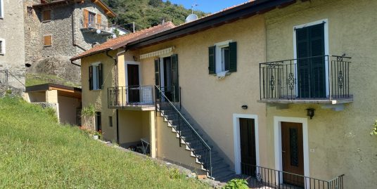 Casa Lago Como Cremia con terrazzo