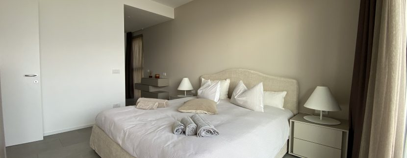 Lago Como Vercana Lussuoso Appartamento con Terrazzo- camera matrimoniale