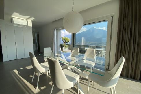 Lago Como Vercana Lussuoso Appartamento con Terrazzo - sala da pranzo