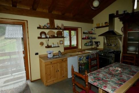 Gravedona ed Uniti Casa con Terreno Collinare - cucina