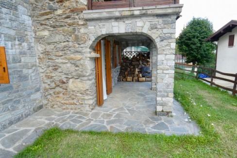 Gravedona ed Uniti Casa con Terreno Collinare - portico