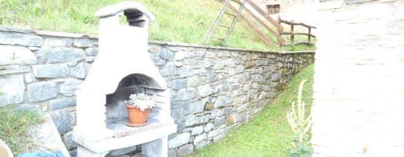 Gravedona ed Uniti Casa con Terreno Collinare - barbecue