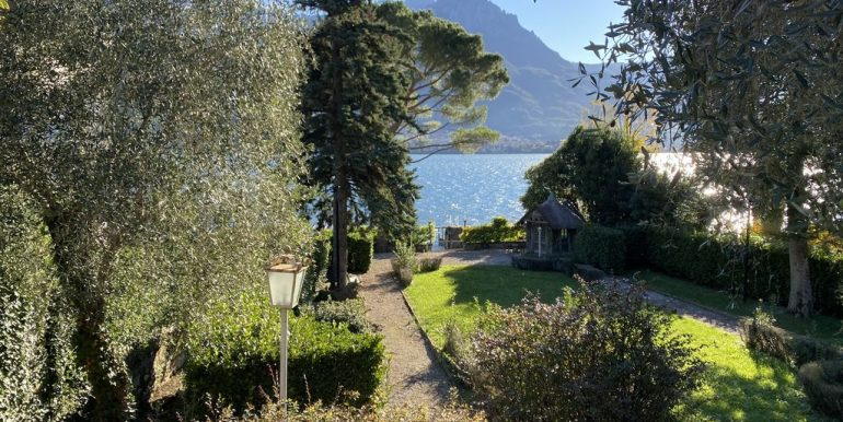 Villa Fronte Lago Como Oliveto Lario con Darsena - vista