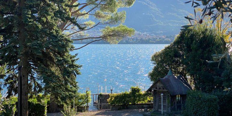 Villa Fronte Lago Como Oliveto Lario con Darsena - soleggiata