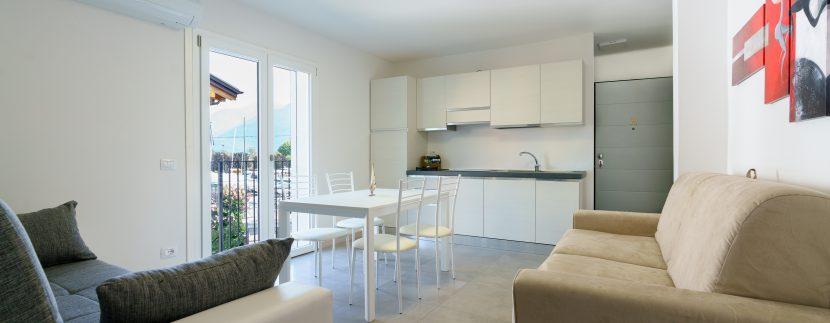 Lago Como Domaso Appartamenti Ristrutturati ed Arredati - soggiorno