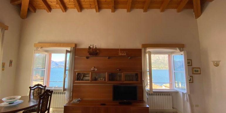 Lago Como Bellagio Appartamento nel Centro Storico - travi in legno