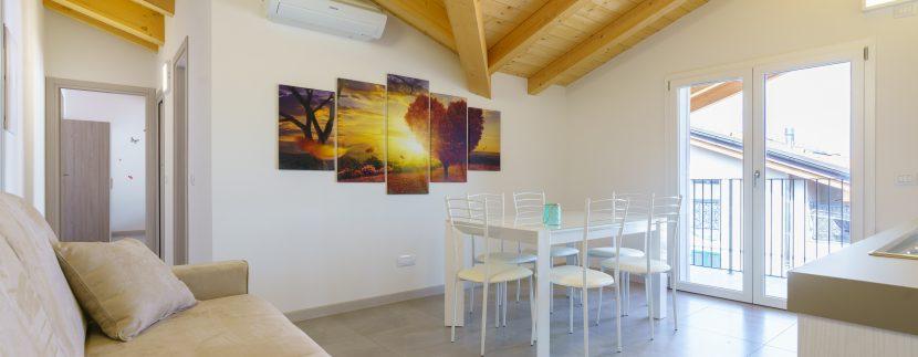Appartamenti Arredati Domaso Lago Como - soggiorno