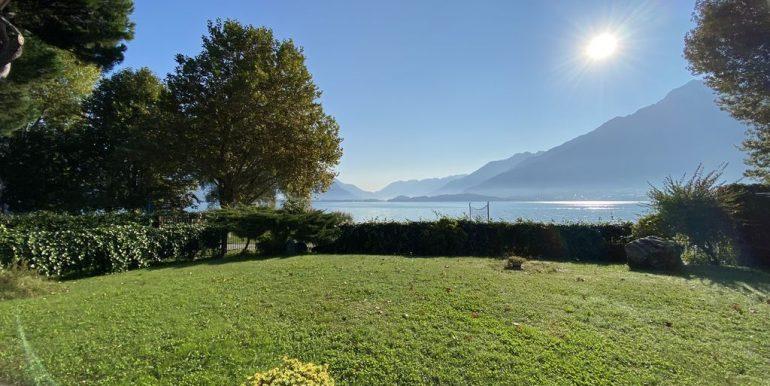 Affitto Appartamento Fronte Lago Domaso  - giardino