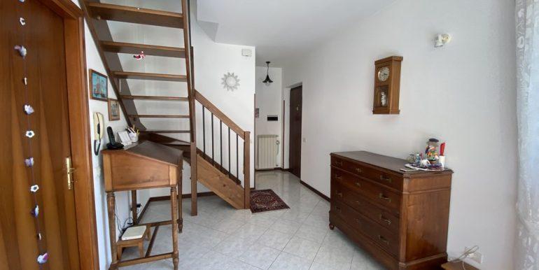 Gravedona ed Uniti Appartamento con Terrazzo - ingresso
