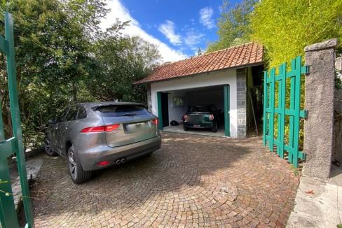 Villa Vista Lago Como Argegno - garage