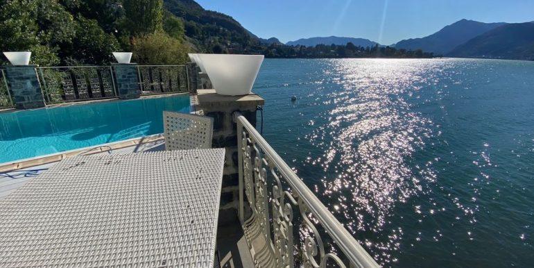 Villa Fronte Lago Como Dervio