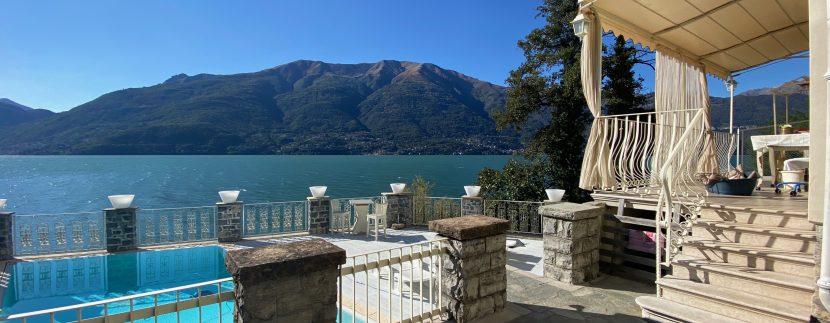 Villa Fronte Lago Como Dervio - piscina