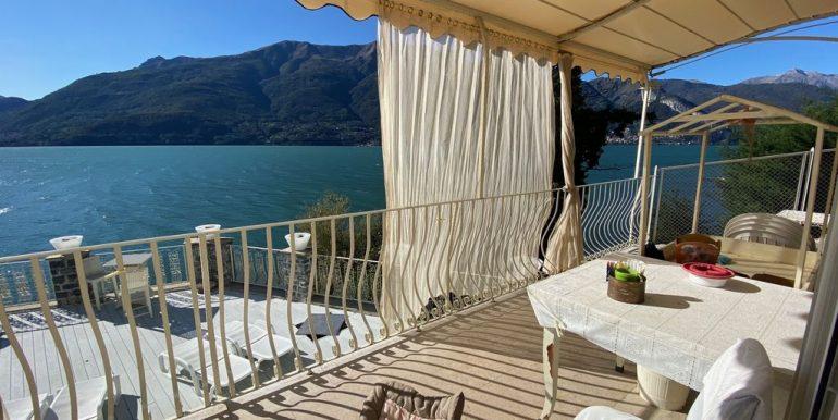 Villa Fronte Lago Como Dervio - terrazza