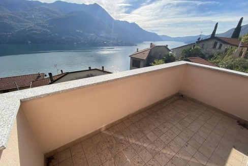 Carate Urio Appartamento Vista Lago Como - terrazzo