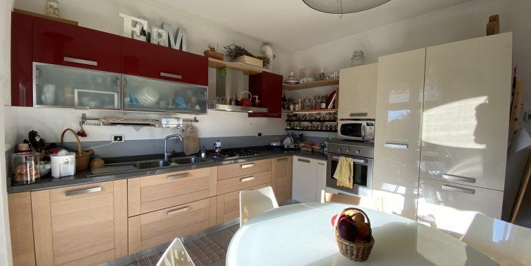 Lago Como Domaso Appartamento con Terrazzo - cucina