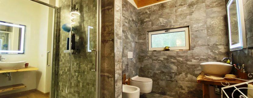 Lago di Lugano Valsolda Appartamento Fronte Lago - bagno
