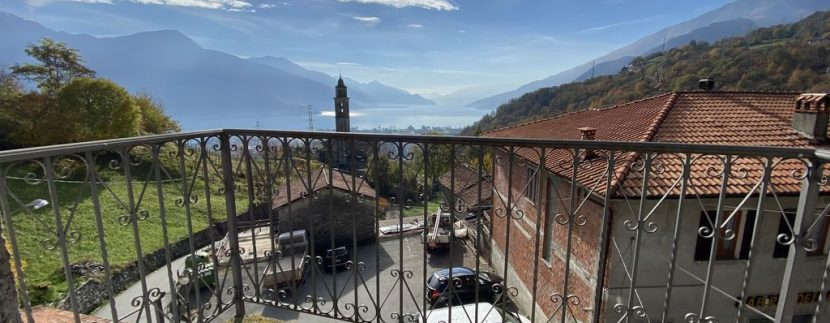 Lago Como Gravedona ed Uniti Casa con Vista Lago- balcone