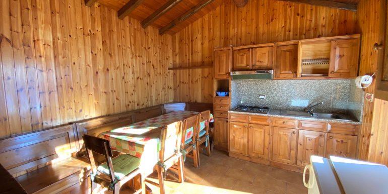 Rustico Ristrutturato Lago Como Gera Lario - cucina