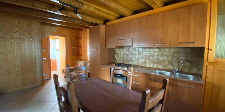 Lago Como Rustico Ristrutturato Gera Lario - cucina