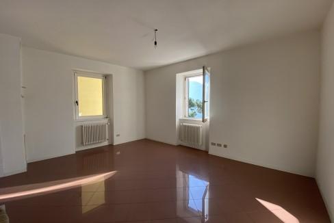Lago Como Domaso Palazzo Lungolago -piano secondo