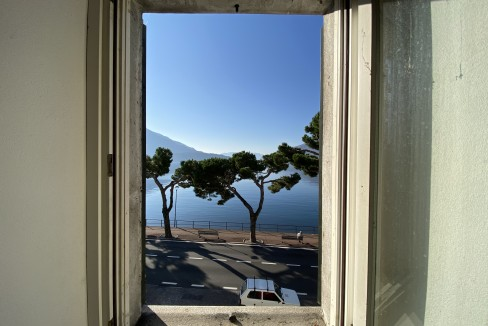 Lago Como Domaso Palazzo Lungolago - vista lago