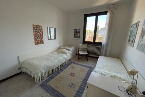 Appartamento Fronte Lago Gera Lario  -camera