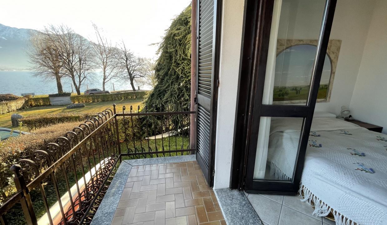 Appartamento Fronte Lago Gera Lario  - balcone