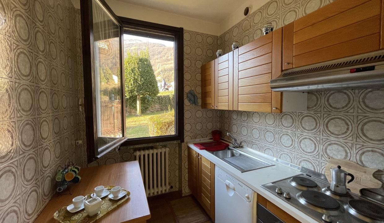 Appartamento Fronte Lago Gera Lario  - cucina