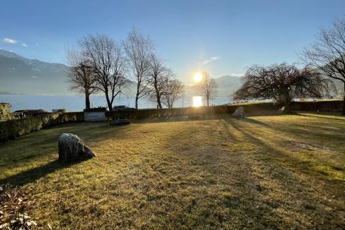 Appartamento Fronte Lago Gera Lario  - giardino