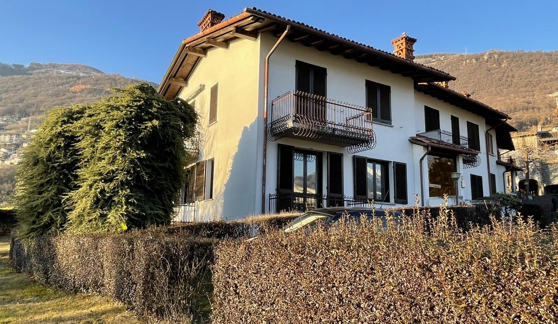 Appartamento Fronte Lago Gera Lario - esterno