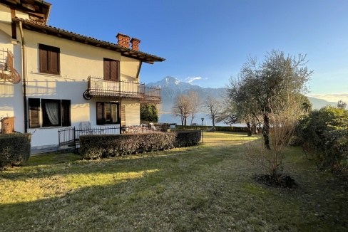 Appartamento Fronte Lago Gera Lario - terrazzo