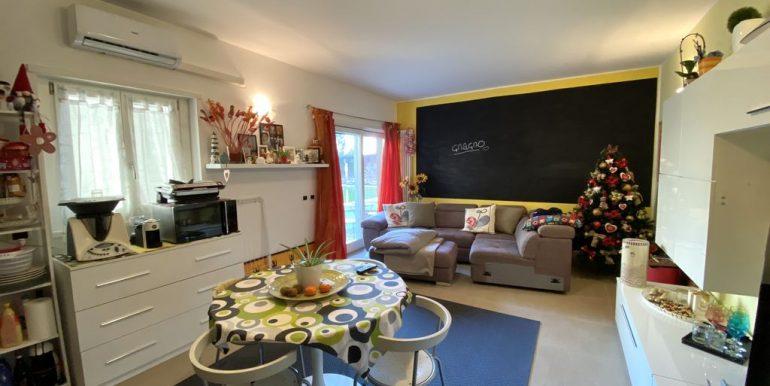 Appartamento Residence con Piscina Domaso - soggiorno