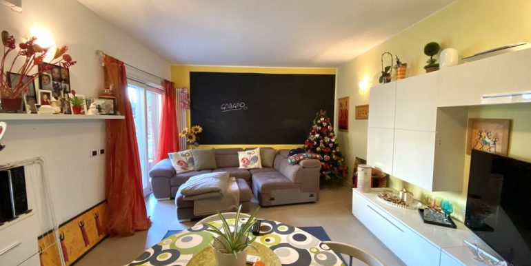 Appartamento Residence con Piscina Domaso - arredato