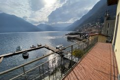 Lago di Como Argegno Appartamento Fronte Lago con Terrazzo - vista