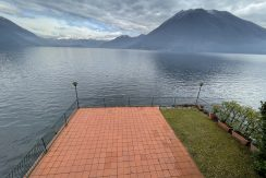 Lago di Como Bellissima Villa Fronte Lago con Giardino privato e Terrazzo - vista