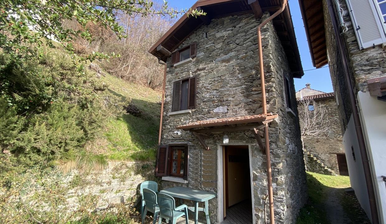 Rustico in Sasso San Siro Lago Como - camera