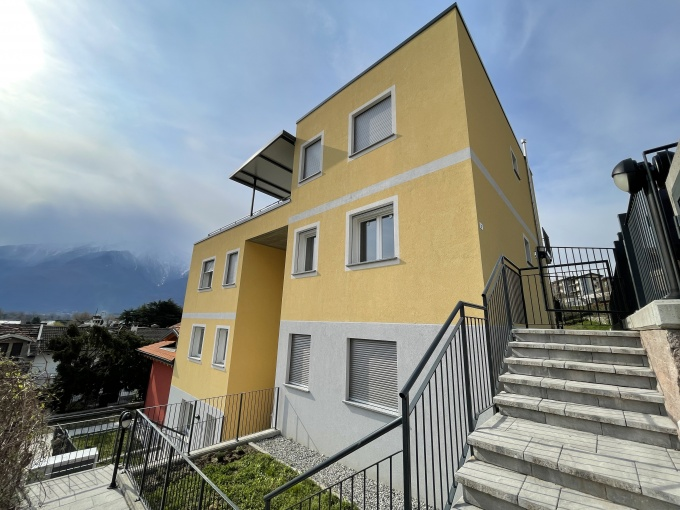 Appartamento Gera Lario Lago Como - Piano Primo - ESTERNO