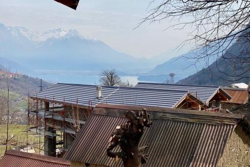 Lago Como Baita Ristrutturata Dongo Collinare